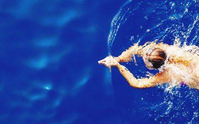 Jak pilates wspomaga pływanie?