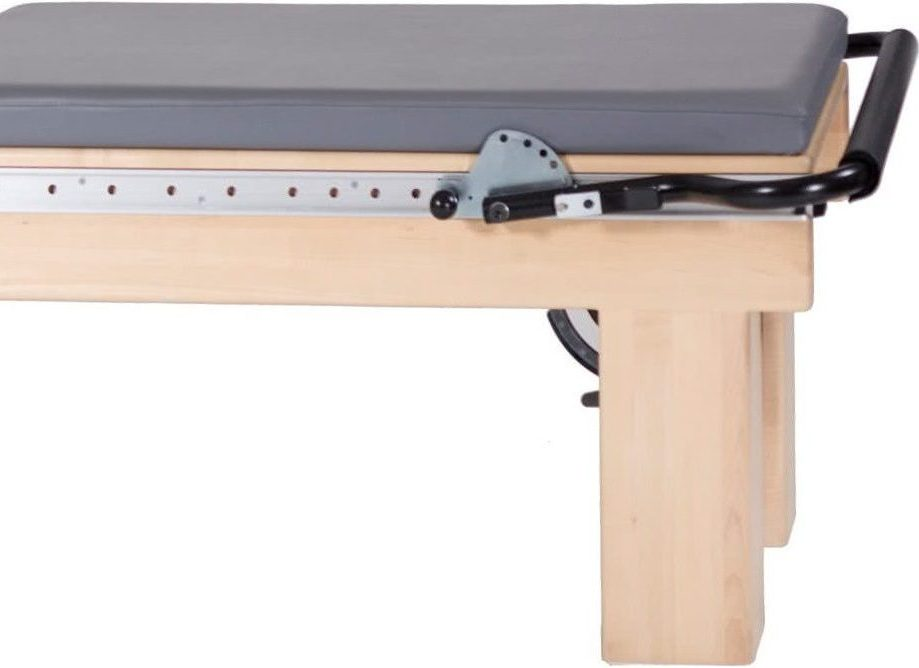 Pilates Clinical Reformer with Tower - mata