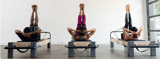 jaki wymagany sprzęt do studia pilates?
